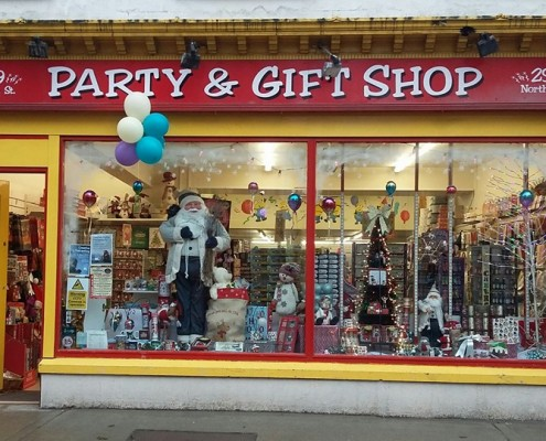 Party Shop 26166270_2476190942665058_9185130963408720692_n
